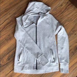 Gap fit zip up sweatshirt.